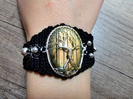 The Two Trees crochet bracelet.