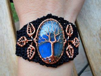 Labradorite bracelet.