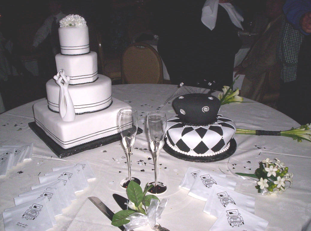 His And Hers Wedding Cakes By Babygirl77 On DeviantArt