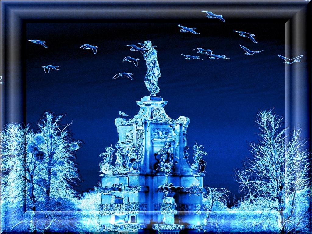 Night flight framed by Ommadawn