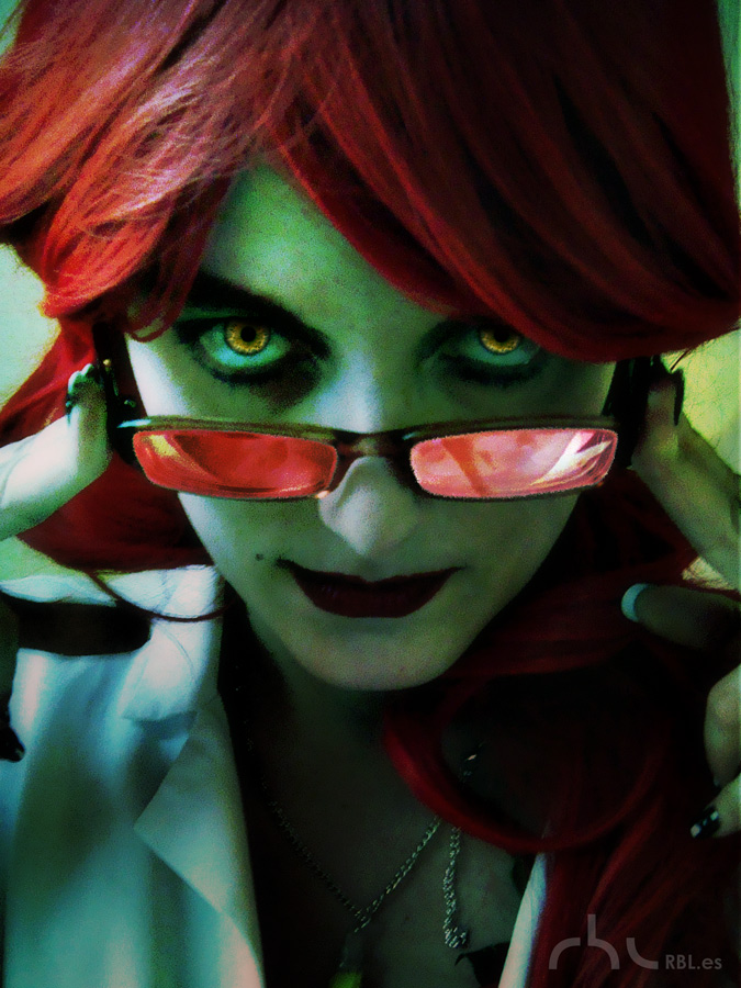Pamela Lillian Isley (Poison Ivy) Cosplay by rbl3d