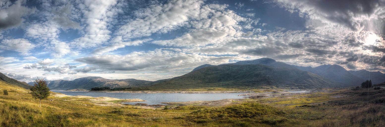 Loch Cluanie by Spyder-art