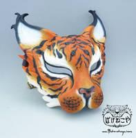 Bakeneko mask - Tiger by Bakenekoya
