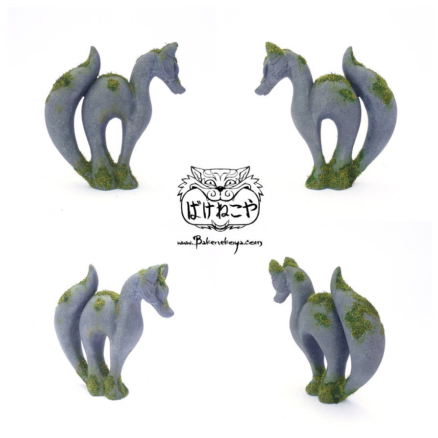 Mossy Fox Totems by Bakenekoya