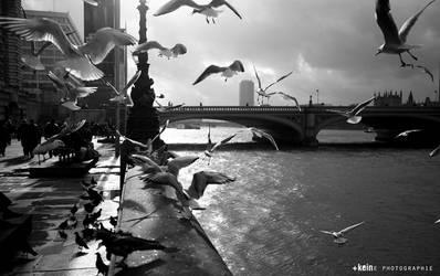 London 8 by Konstantinekein
