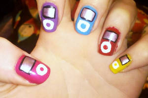 Ipod Nail Art by Chelseapoops
