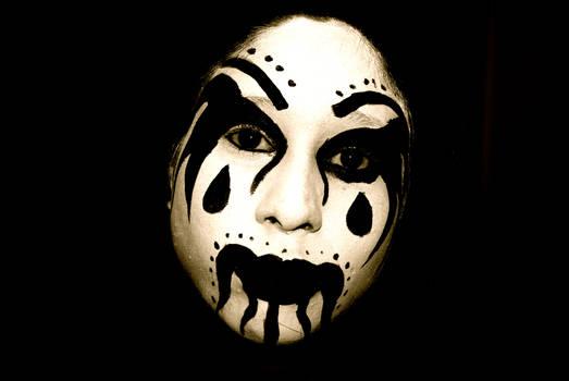 Dark clown make up
