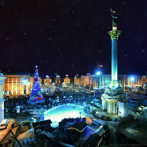 Nightly Kiev. Maidan