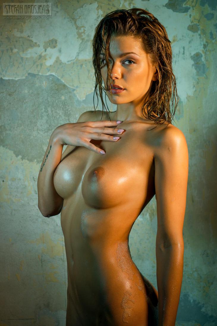 откровенные фото девушек с красивой фигурой этом сайте