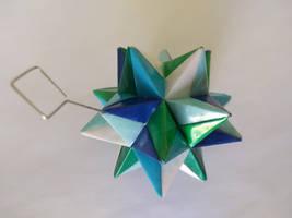 Blue/Green Origami Modular Star by demuredemeanor