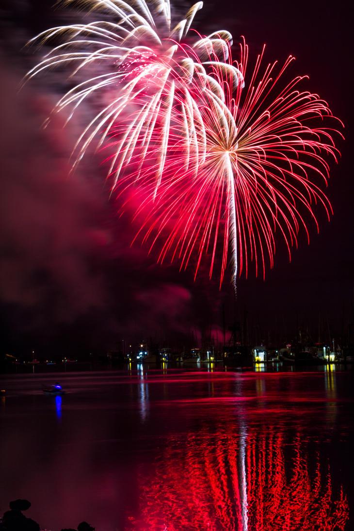 Fireworks by MJWarePhotography