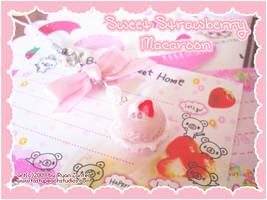 Sweet Strawberry Macaroon by MoogleGurl