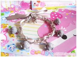 Baby Elephant Bracelet by MoogleGurl