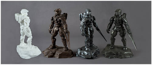 Halo 4 Master Chief Statues