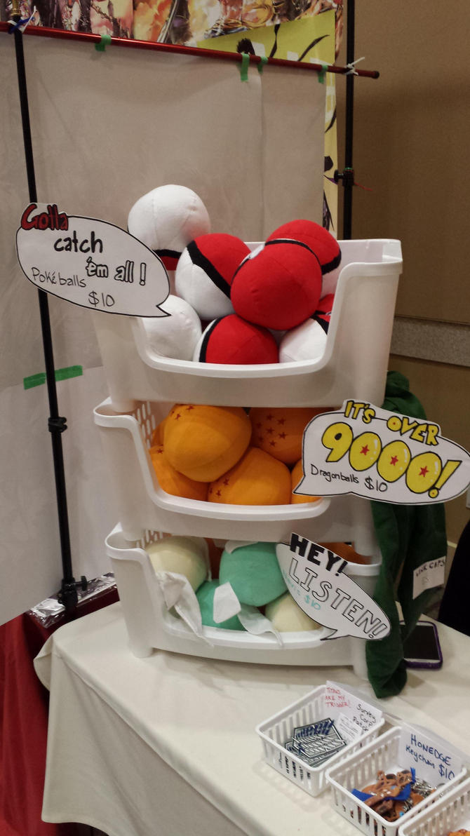 Pokeballs, Dragonballs, Navi plushies by Neo-Creations