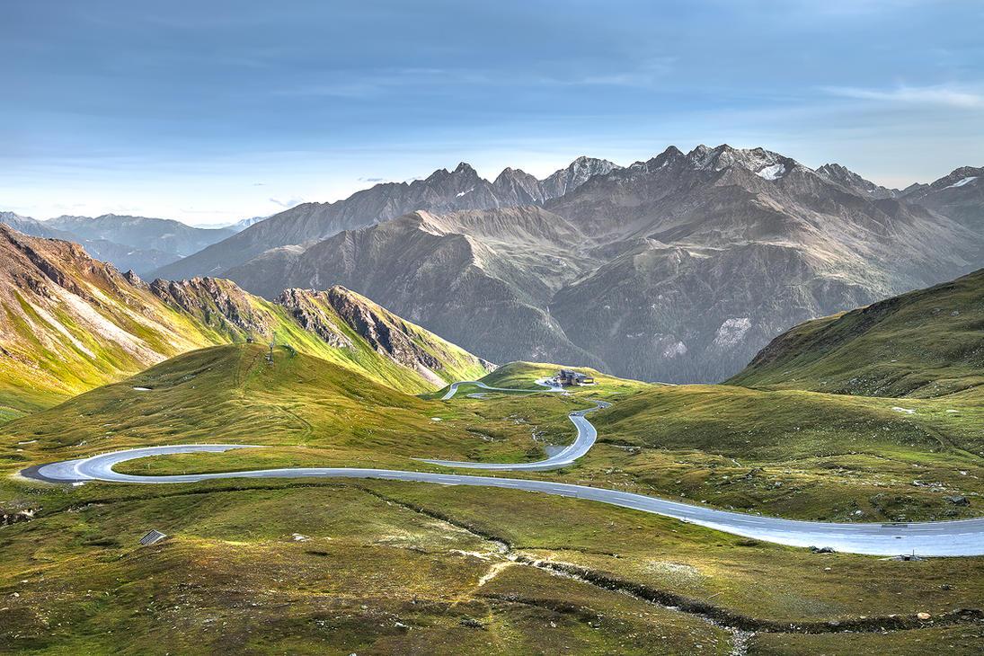 Alpine curves by MarvinDiehl