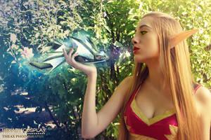 World of Warcraft Blood Elf Cosplay by Hekady
