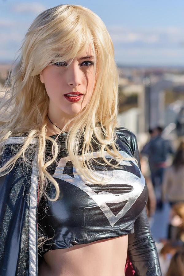 dark supergirl wallpaper - photo #5