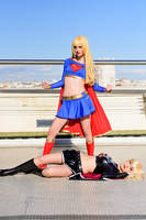 SuperGirl and Dark SuperGirl cosplays by Hekady