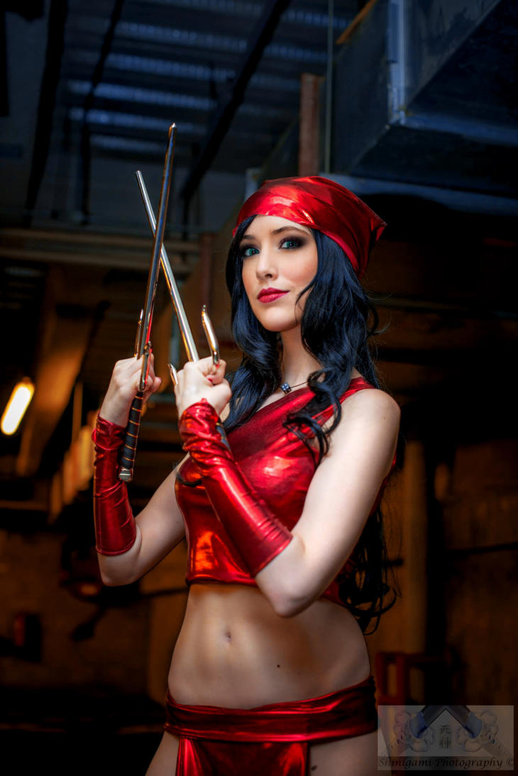 Elektra Cosplay - Marvel by Hekady