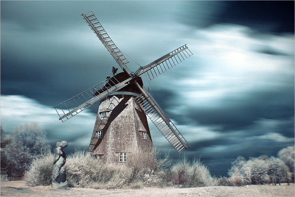 The dutch windmill by Torsten-Hufsky