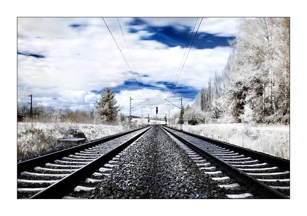 rails in ir by Torsten-Hufsky