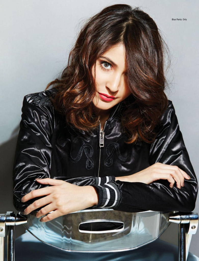 anushka sharma hd wallpapers and photosbodyceleb on deviantart