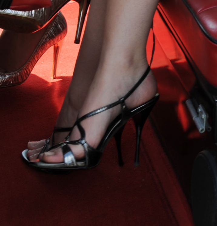 Consider, that Emma watson toes good, agree