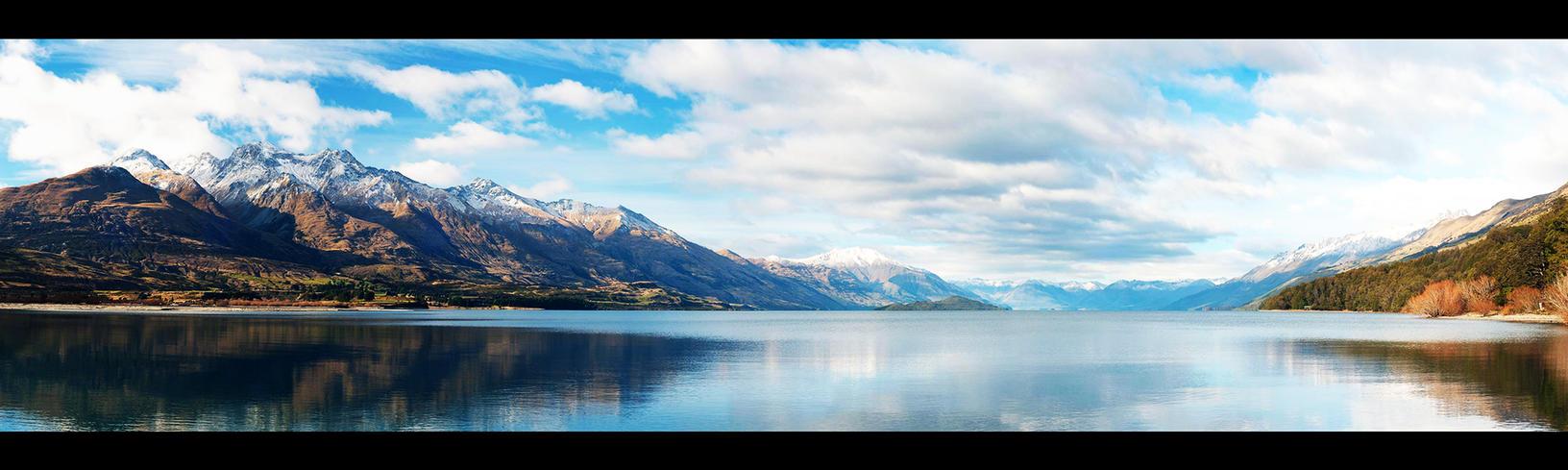 Lake Wakatipu, New Zealand. by pmd1138
