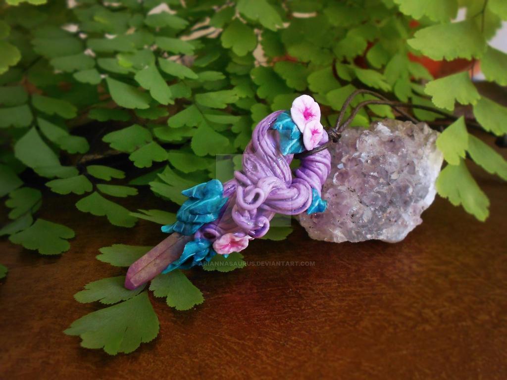 Leyline Crystal Vine by Ariannasaurus