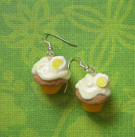 Lemon Cream cupcakes by PORGEcreations
