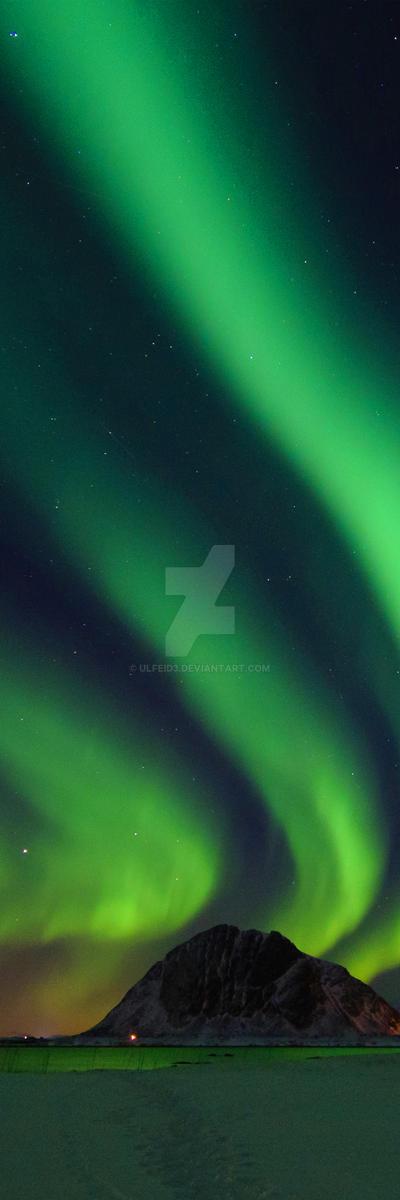 Northern Lights Aurora Borealis Custom Background by Ulfeid3