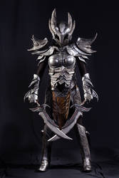 Daedric armour by Alcarie