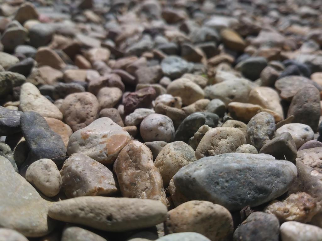 The Rocks by UzimakiDraws