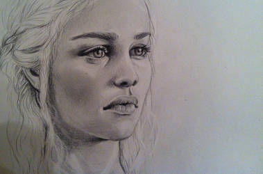 Daenerys Targaryen (again) by nellanova