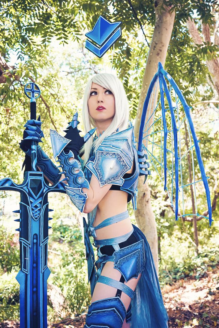 Guild Wars 2 - Nice gear! by elliria