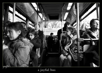 a joyful bus by graffit