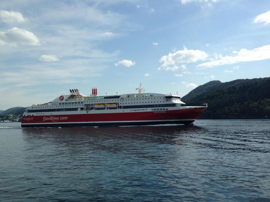 MS Stavangerfjord by Admiral-Kevin