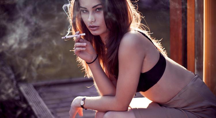 http://orig03.deviantart.net/bf28/f/2012/217/c/f/smoke_by_magdalena6-d59xs0g.jpg