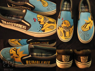 Bumblebee Shoes by RoyalCatDesign