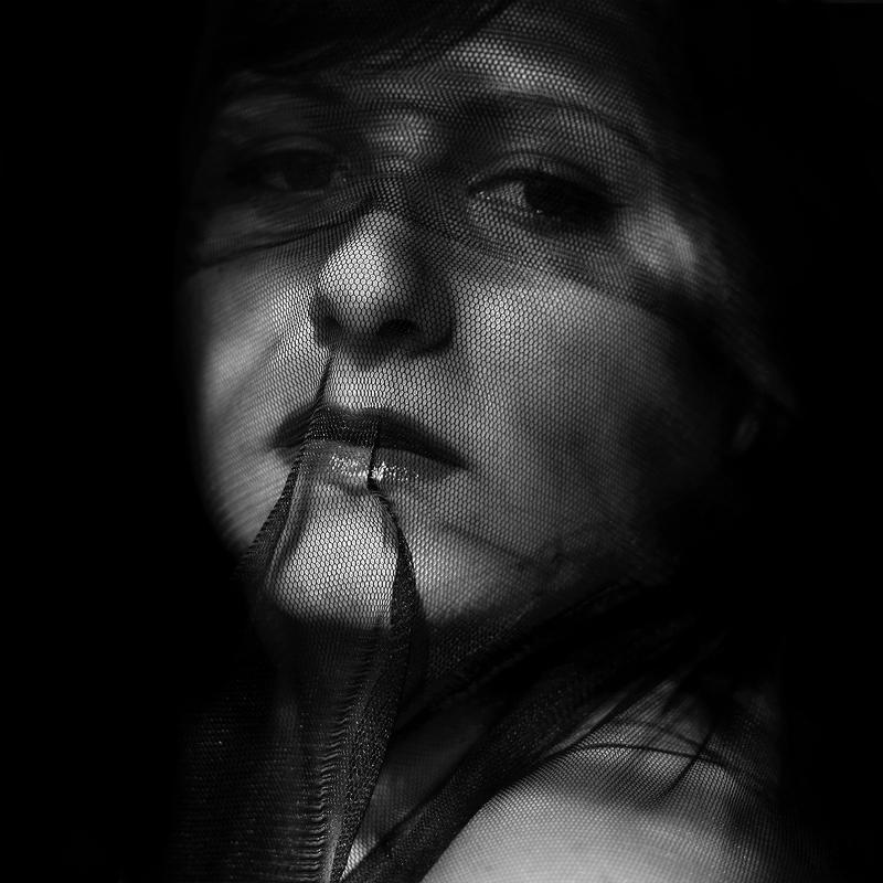 Hidden. by Lissuin