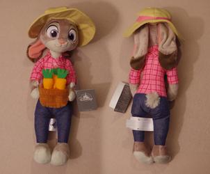 Zootopia Item: Carrot Farmer Judy Hopps by HyenaTig