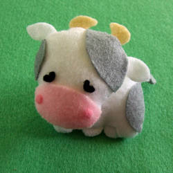 Pocket Cow by Mimi-Mushroom