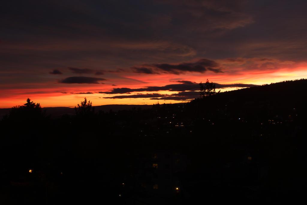 Sunset by fireg