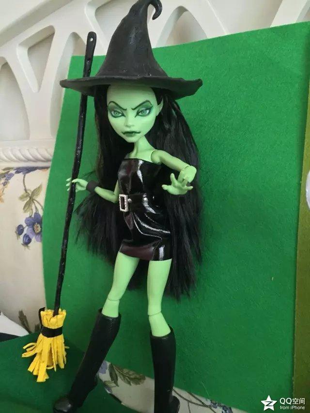 Witch by mozhiyaoe