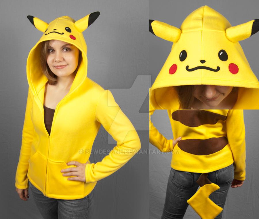 Pikachu hoodie by SewDesuNe