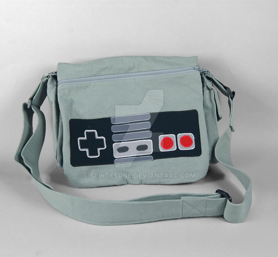 Nintendo Messenger Bag by SewDesuNe