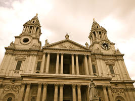 St. Paul's Cathedral by SteamRailwayCompany