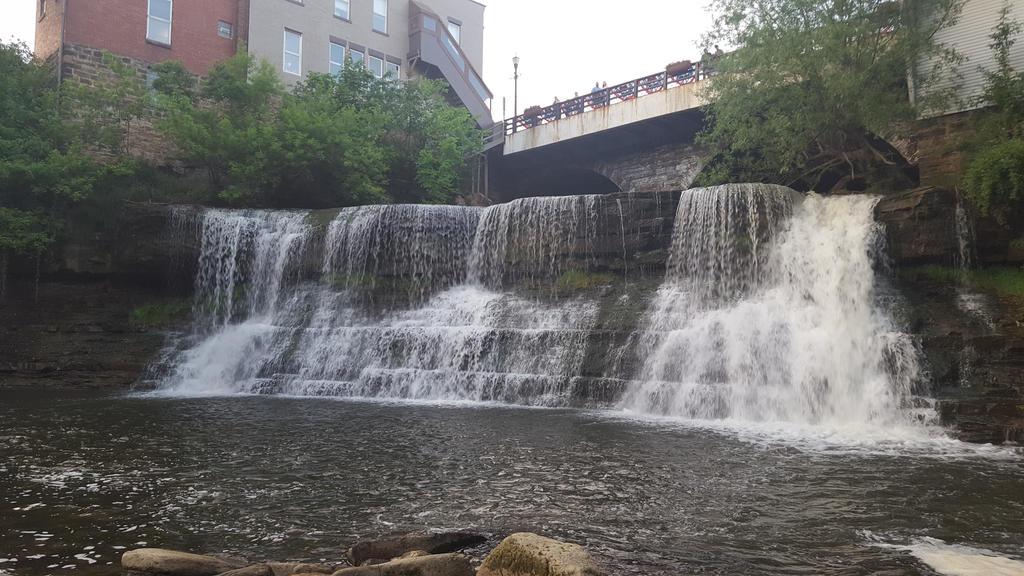 Majestic waterfall by eternal1990