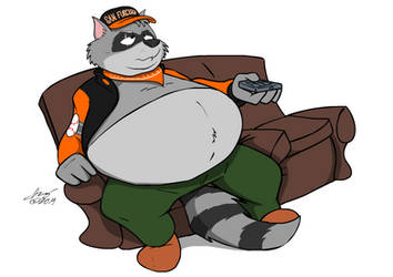 Comm.: Couch Potato Coon by Ari-Dynamic